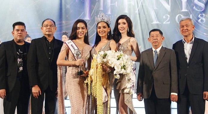 """""""กัญญ์วรา"""" คว้าตำแหน่ง Miss Tiffany Universe 2018   ธีรชยา พิมพ์กิติเดช รองชนะเลิศอันดับที่ 1 และวรวลัญช์ ทวีกาญจน์ คว้ารองชนะเลิศอันดับที่ 2 ไปครองตามลำดับ"""