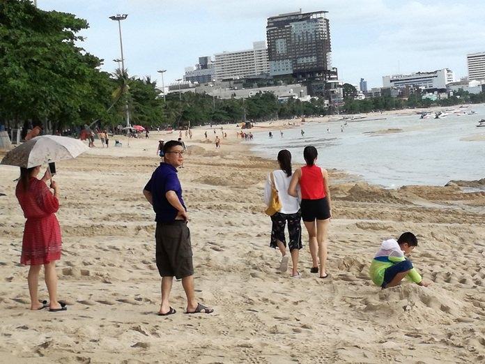 นักท่องเที่ยวมีพื้นที่สาธารณะใช้สอยมากยิ่งขึ้น