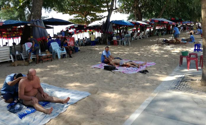 ชมรมนวดแผนไทย ชายหาดจอมเทียนพัทยา รับทราบนโยบายของเมืองพัทยา เพื่อร่วมเป็นเจ้าบ้านที่ดี พร้อมใจจัดระเบียบตนเองให้ลูกค้าประทับใจ รักษาภาพลักษ์ด้านการท่องเที่ยวทีดี่