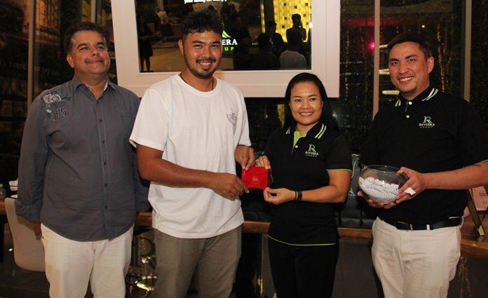 ผู้โชคดีคนที่ 2 รับ ทอง 1 สลึงตกเป็นของ นายเอกชัย สุขวัฒนะ จาก Pattayaonlinenews