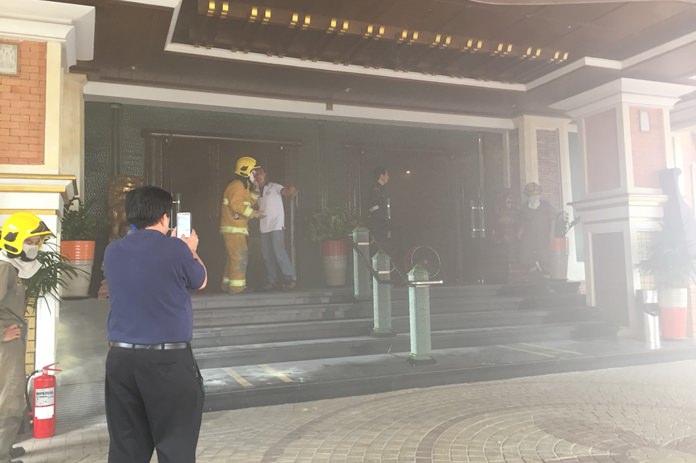 เพลิงไหม้ห้องซาวน่า โรงแรมแฟร์เท็กซ์สปอร์ตคลับ แอนด์โฮเต็ล พัทยา ระดมรถดับเพลิง 8 คันระงับเหตุ เบื้องต้นยังประเมินมูลค่าความเสียหายไม่ได้