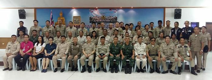 นายนริศ นิรามัยวงศ์ นายอำเภอบางละมุง เป็นประธานในพิธีทำบุญเนื่องในวัน อปพร. แห่งชาติ 22 มีนาคม โดยมีเจ้าหน้าที่ทหาร ตำรวจ กำนัน ผู้ใหญ่บ้านและสมาชิก อปพร.อำเภอบางละมุงเข้าร่วมพิธี ณ ศาลาประชาคม ที่ว่าการอำเภอบางละมุง