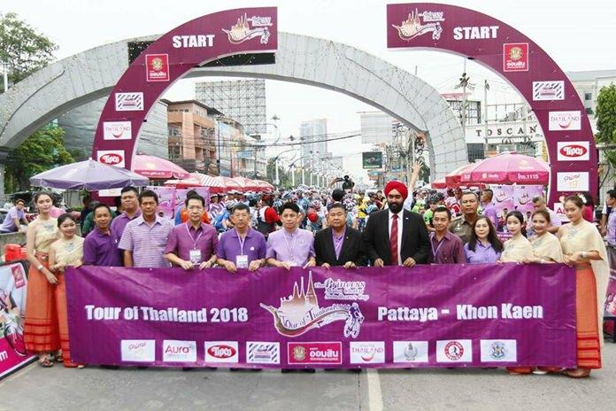 นายภัครธรณ์ เทียนไชย ผู้ว่าราชการจังหวัดชลบุรี เป็นประธานในพิธีปล่อยตัวนักกีฬาปั่นจักรยานทางไกลนานาชาติ โดยมี พลตํารวจตรีอนันต์ เจริญชาศรี นายกเมืองพัทยา พลเอกเดชา เหมกระศรี นายกสมาคมกีฬาจักรยานแห่งประเทศไทย  นายนริศ นิรามัยวงศ์ นายอำเภอบางละมุง และหัวส่วนราชการฯที่เกี่ยวข้อง เข้าร่วมปล่อยตัวทัพนักกีฬาฯ พร้อมรับมอบภาพพระบรมฉายาลักษณ์ สมเด็จพระเทพรัตนราชสุดาฯ สยามบรมราชกุมารี