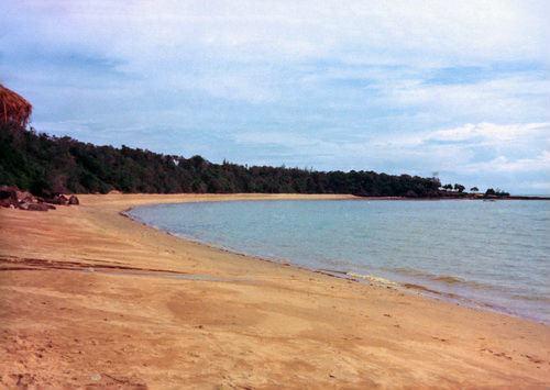 ชายหาดพัทยา เมื่อปี 2517 ดูเป็นธรรมชาติมาก