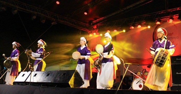 YWAM Together 2018 ต้อนรับต่างชาติ จาก 100 ประเทศที่มาร่วมงานแสดงคอนเสิร์ตนานาชาติ ที่ท่าเทียบเรือแหลมบาลีฮาย