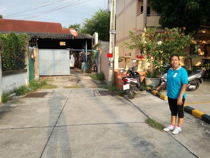 ชาวบ้านซอยกอไผ่ 11 ร้องเรียนสื่อฯ  20 กว่าปี ไม่มีน้ำประปาใช้ ทั้งที่อยู่ย่านใจกลางเมือง