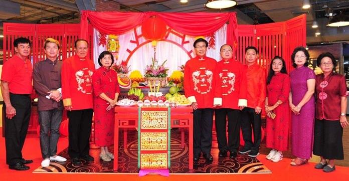 รองผู้ว่าราชการจังหวัดชลบุรี เป็นประธานแถลงข่าว เตรียมจัดงานเทศกาลแขวนโคมชมจันทร์ ณ ตลาดจีนชากแง้ว