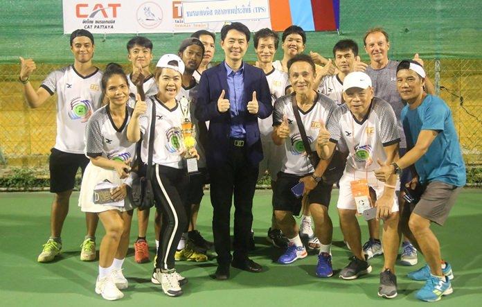ชมรมเทนนิสตลาดเคหะเทพประสิทธิ์ รองแชมป์อันดับที่ 1