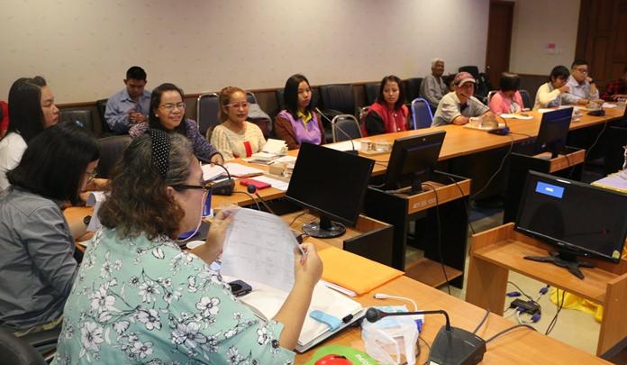 นางปัทมา ชาญเชี่ยว ผู้อำนวยการกองสวัสดิการสังคม เทศบาลเมืองหนองปรือ ร่วมกับ มูลนิธินวัตกรรมทางสังคม จัดการสัมนาเชิงปฏิบัติการ เพื่อพัฒนาศักยภาพหน่วยประสานงาน การจ้างงานคนพิการในพื้นที่