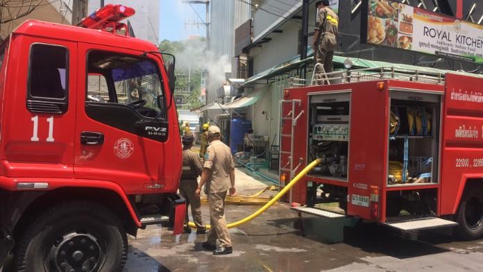 ไฟไหม้ร้านอาหารในโรงแรมกลางเมืองพัทยา คาดไฟฟ้าลัดวงจร
