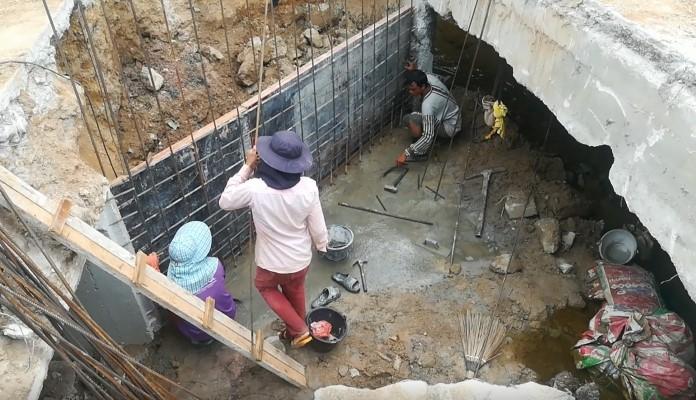 เทศบาลเมืองหนองปรือ  เปิดทางเบี่ยงใต้สะพานหมู่บ้านทรอปิคอล  แก้ไขปัญหาน้ำท่วมถาวร
