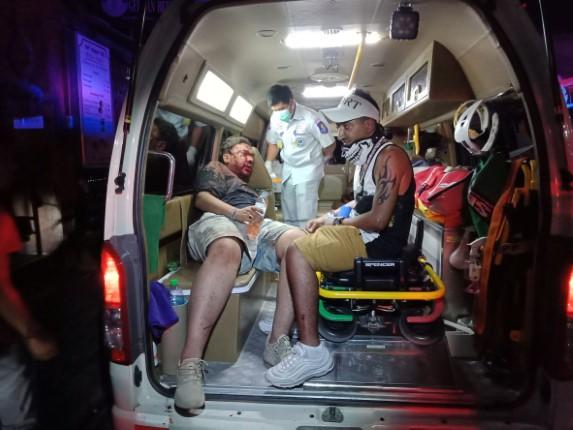 รวบกลุ่มชายไทยรุมทำร้ายร่ายนักท่องเที่ยวคูเวต เจ็บสาหัสริมหาดพัทยา