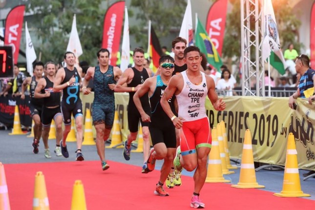 นักกีฬาไทยเทศคึกคัก ร่วมการแข่งขันไตรกีฬาเมืองพัทยา 2019 PATTAYA TRIATHLON 2019