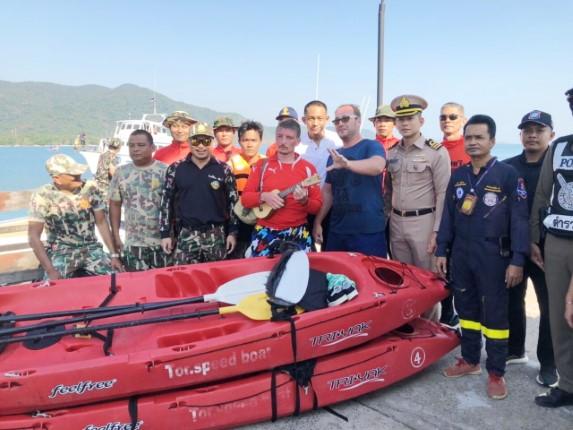 ทัพเรือภาคที่ 1 ค้นหาช่วยชีวิต 4 นักท่องเที่ยวแดนหมีขาว เรืออับปางจมเกาะช้าง