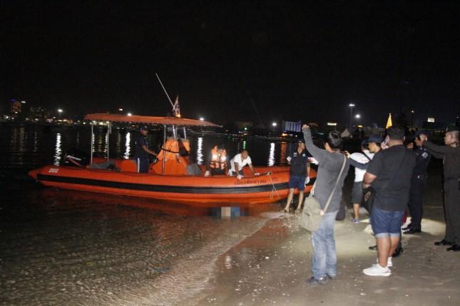 นทท.เที่ยวงานเคาท์ดาวน์แตกตื่น พบศพลอยเข้าท่าเรือแหลมบาลีฮาย