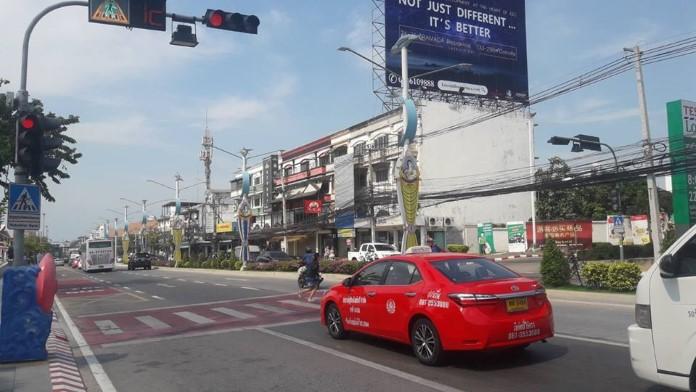 เมืองพัทยาวอนขับรถมีน้ำใจ ใส่ใจคนข้ามถนน ชะลอรถ หรือหยุดรถทุกครั้งเมื่อเห็นทางม้าลาย