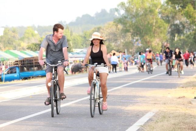 เส้นทางปั่นจักรยาน-ออกกำลังกายแห่งใหม่ ริมอ่างเก็บน้ำมาบประชัน สวยงามแนบชิดธรรมชาติ