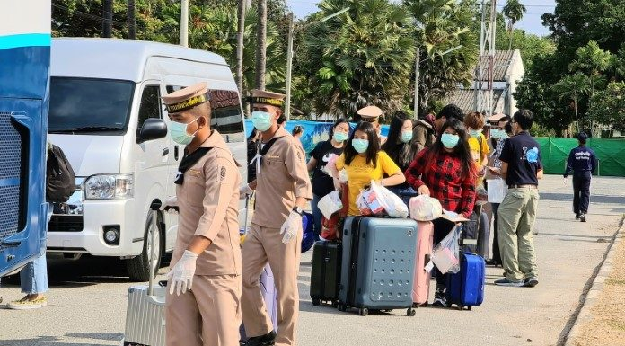 กองทัพเรือ ส่งนักเรียนทุนอิตาลี AFS จำนวน 83 คน คืนสู่อ้อมอกพ่อแม่ หลังกักตัว 14 วัน
